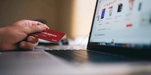 Varejista, não caia em ações judiciais: 7 pontos da Lei sobre E-commerce